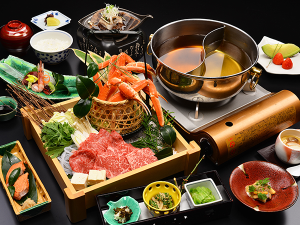 飛騨牛味しゃぶとズワイ蟹すき鍋の3ヶ月間限定料理!
