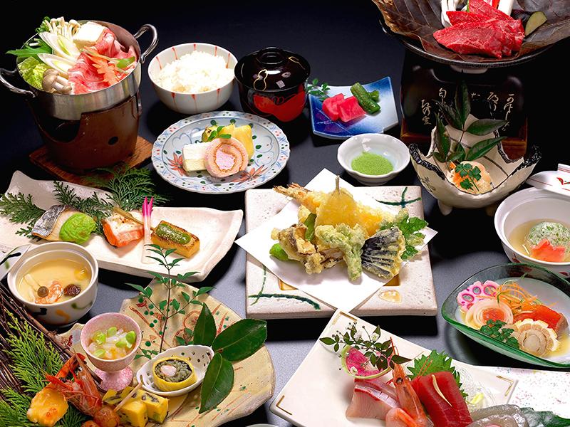 飛騨牛朴葉味噌ステーキ&岐阜県産豚のお鍋!全10品の豪華絢爛会席