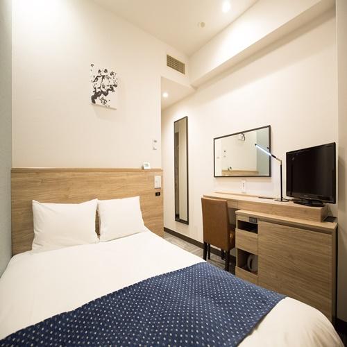 クイーンダブル160�p幅のゆったりベッド