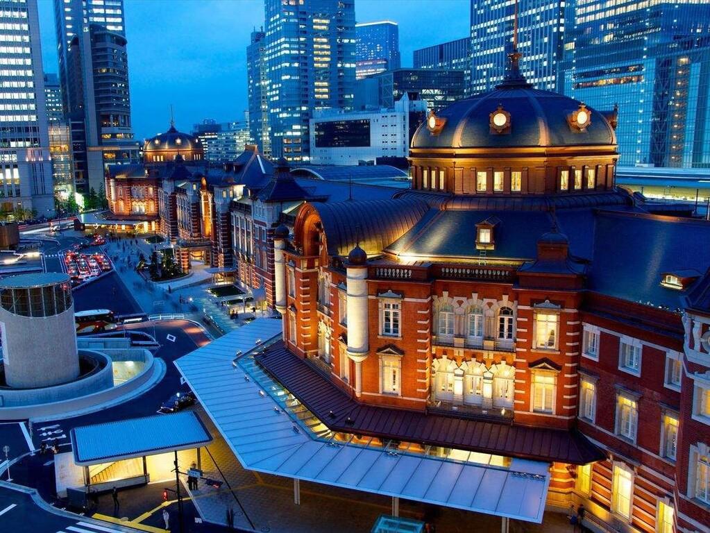 ターミナル駅・新宿駅から徒歩10分。山手線で都内へのアクセス便利。