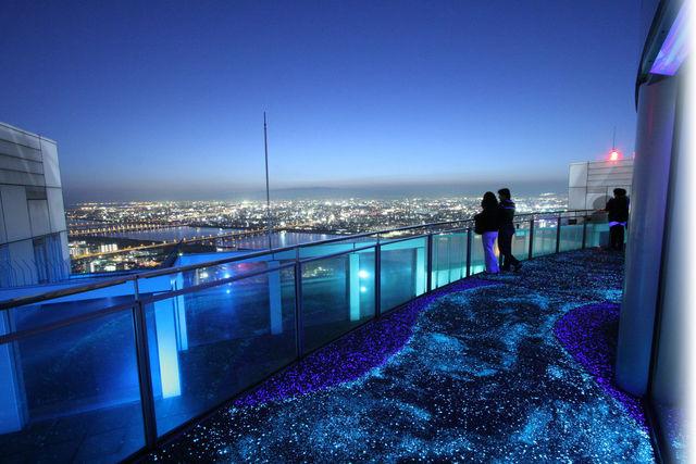 空中庭園 屋上 夜景