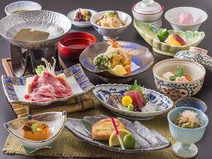彩御膳 平成30年度基本メニュー 料理内容は季節により変更となります。
