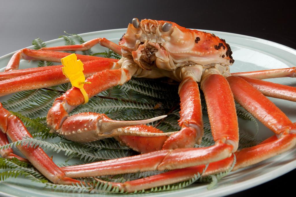 タグ付き越前蟹のみ使用