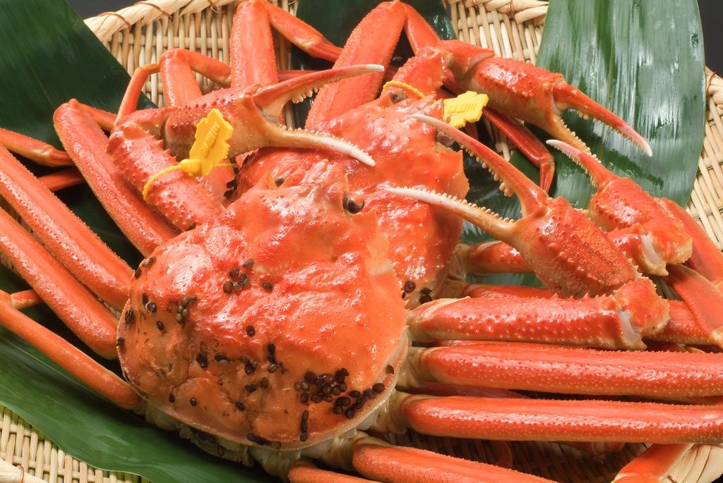 熱々ゆで蟹は一人一匹付き