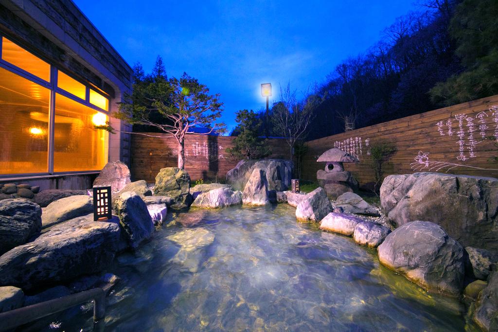 スターライトホテル温泉