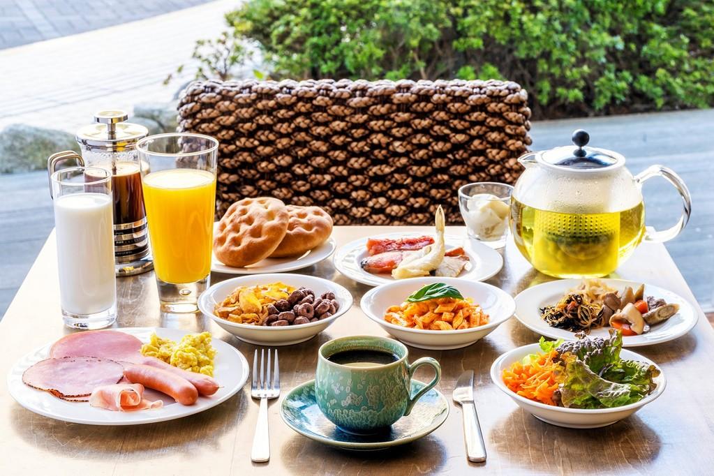 朝食和洋バイキング