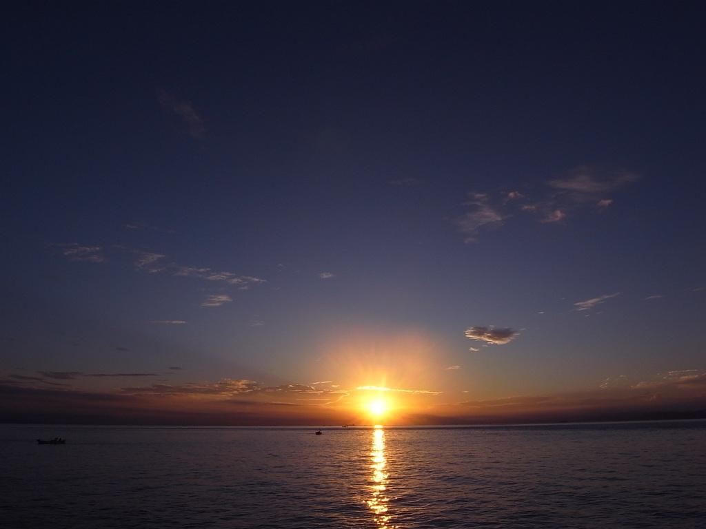 紀淡海峡の朝日