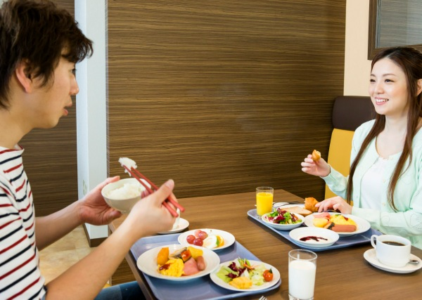 2人で食べる朝食は美味しいね♪