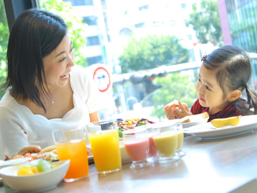 大人も子供も楽しめるバラエティ豊かな朝食バイキング  ※6歳以上のお子様は朝食代810円となります