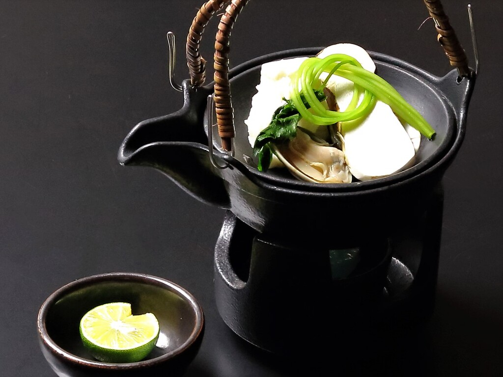 秋の素材を活かした会席料理をご用意します。※写真はイメージです。