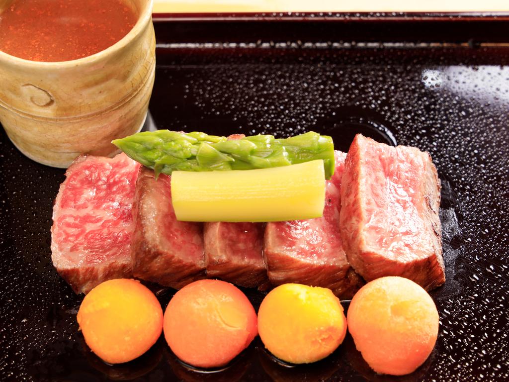 【旬×贅】贅沢な食材を惜しみなく使用したお料理アップグレードのプランです