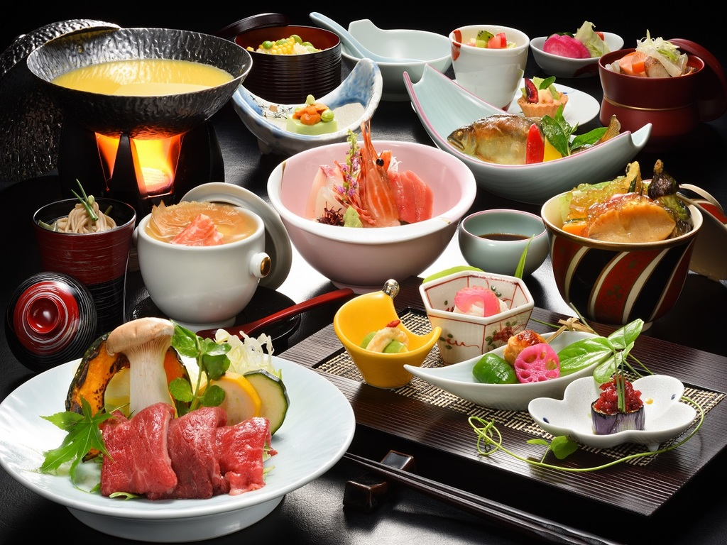 料理満足度第1位!会津食材と高級食材を融合した特選和会席