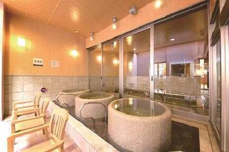 天然温泉「みなぴりかの湯」石壺湯