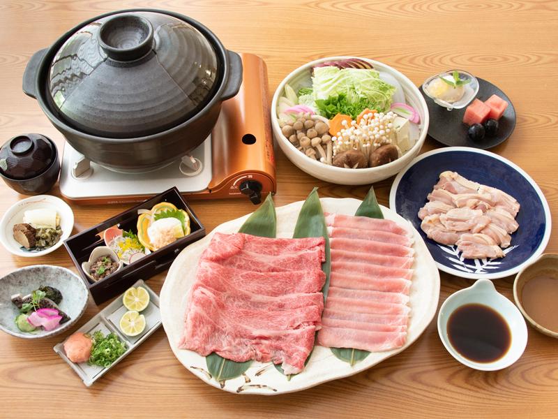 牛肉・豚肉・鶏肉のトリプル鍋(イメージ)