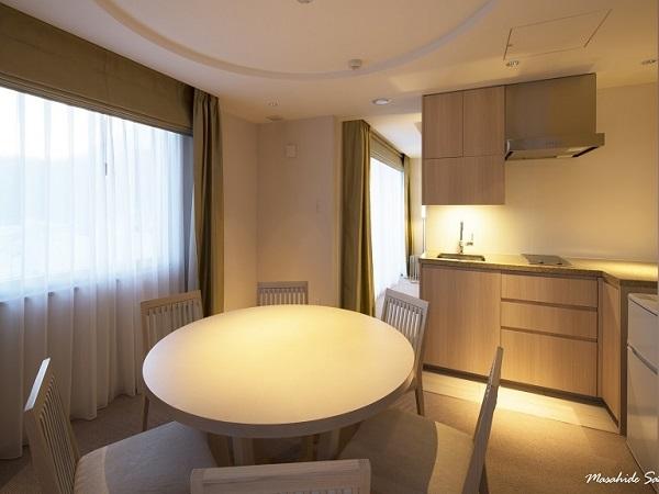 Grand Deluxe Onsen Suite