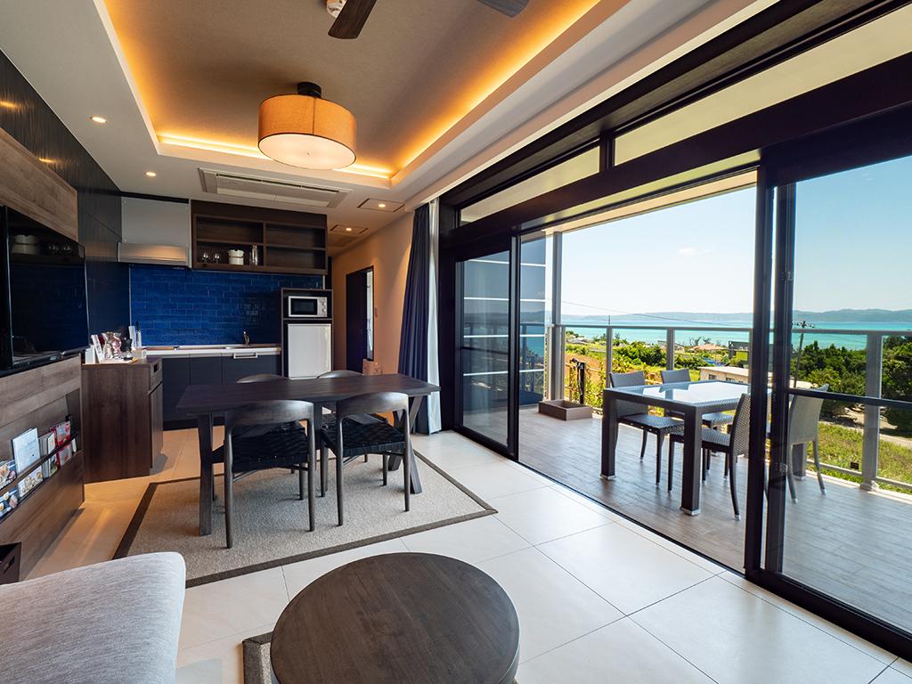 Ocean View Terrace C リビング