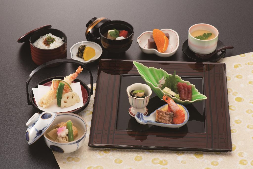 夕食(3300円)