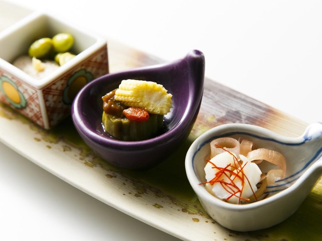 ■【会席料理】食材と味にこだわりの料理で月替りの献立となる前菜の一例です。