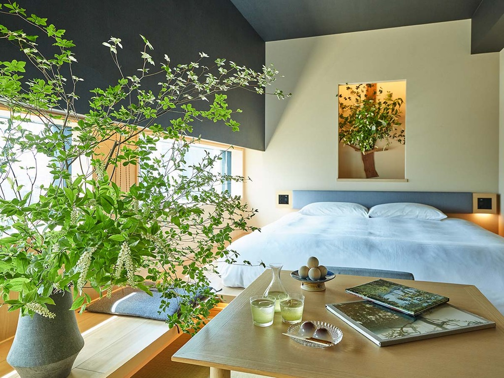 夏の花養生(客室)