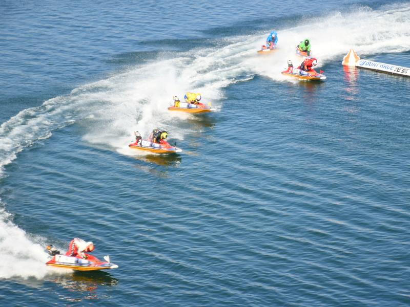 ★迫力と感動の舞台★<br>ボートレース児島での一日をお楽しみ下さい♪