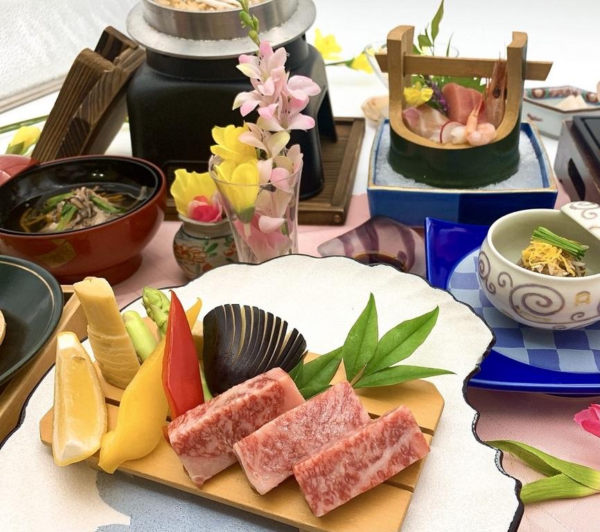 サンピア厳選高級食材使用※お料理内容は季節によって変わります。