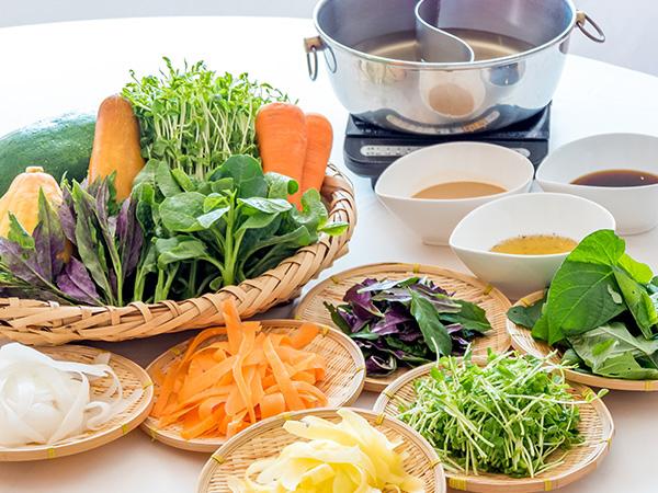 【朝食ビュッフェ野菜しゃぶしゃぶイメージ】 旬の食材をたっぷり