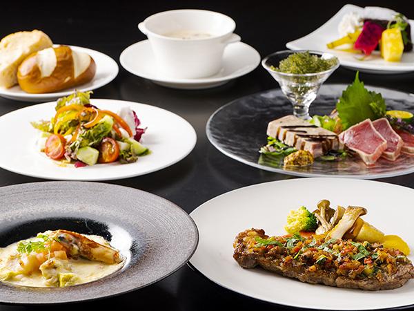 【コースディナーイメージ】 新鮮な沖縄の食材をふんだんに使用したやんばるならではの美食をご満喫ください。
