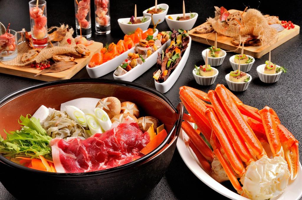 伊豆猪鍋と蟹食べ放題ブッフェ