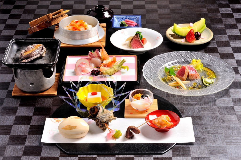 日本料理天城「潮騒会席」