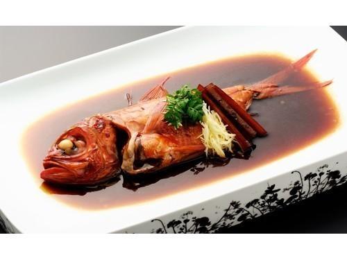 伊豆名物「金目鯛の煮付け」