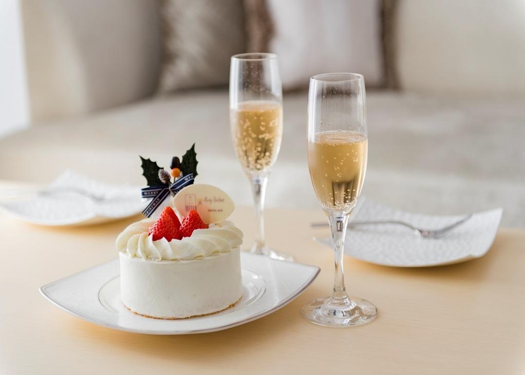【クリスマスケーキ × シャンパン】