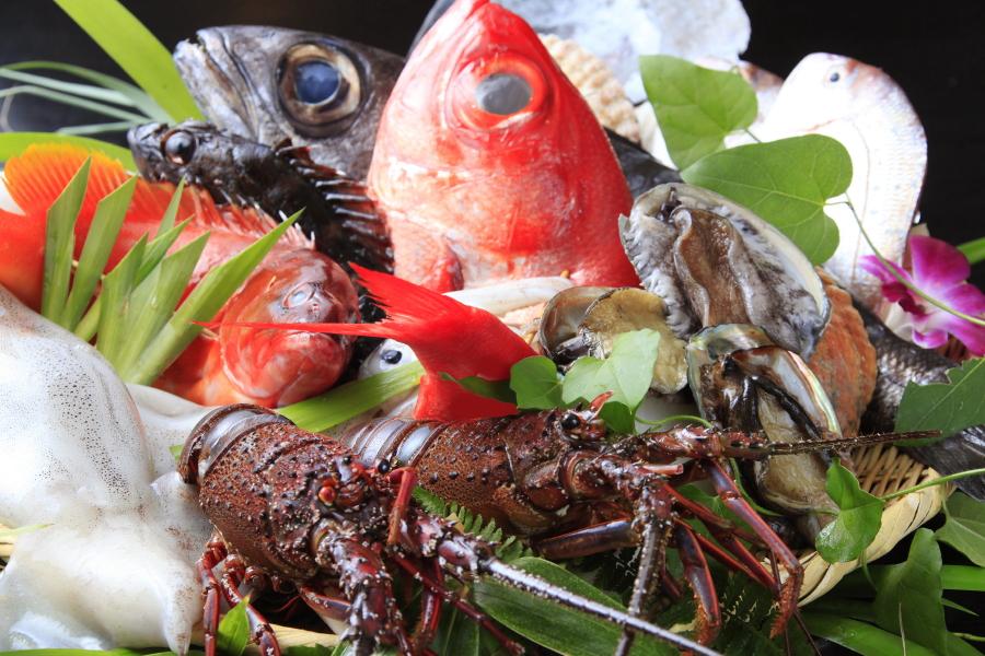 海の幸を炙って味わう※イメージです