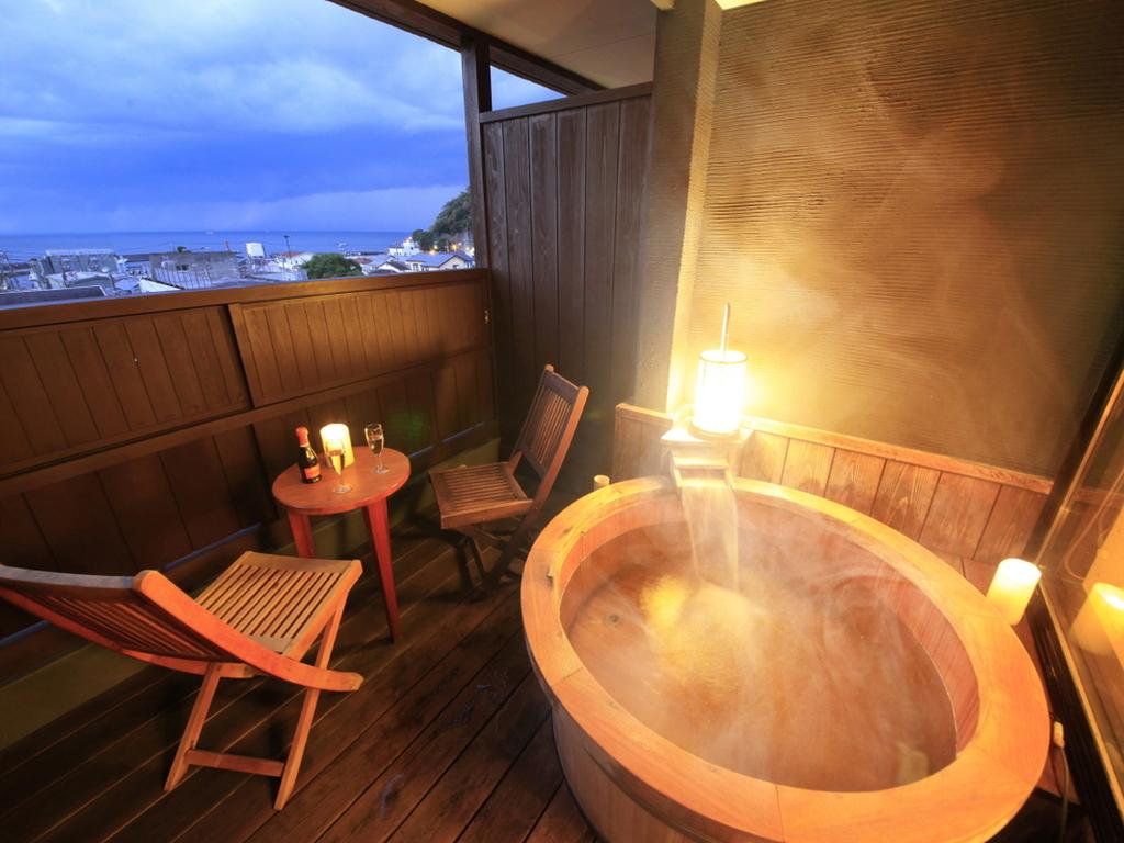 【客室】露天風呂付客室でゆったり