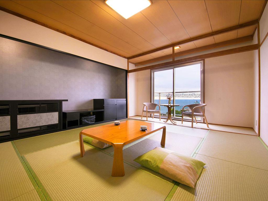 ■緑風館-和室-■畳の香りが優しく、裸足でゆったりゴロゴロできるのんびり空間