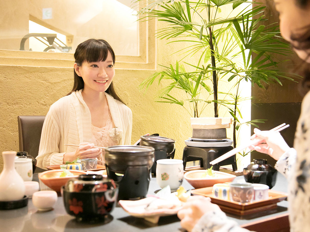 """明石・姫路の""""味わい""""をたっぷりと楽しむ和食ディナー。美味しい料理で花咲く女子トーク♪"""