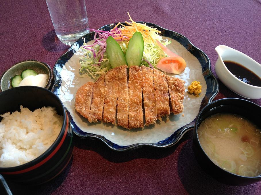 Kamifurano pork cutlet set
