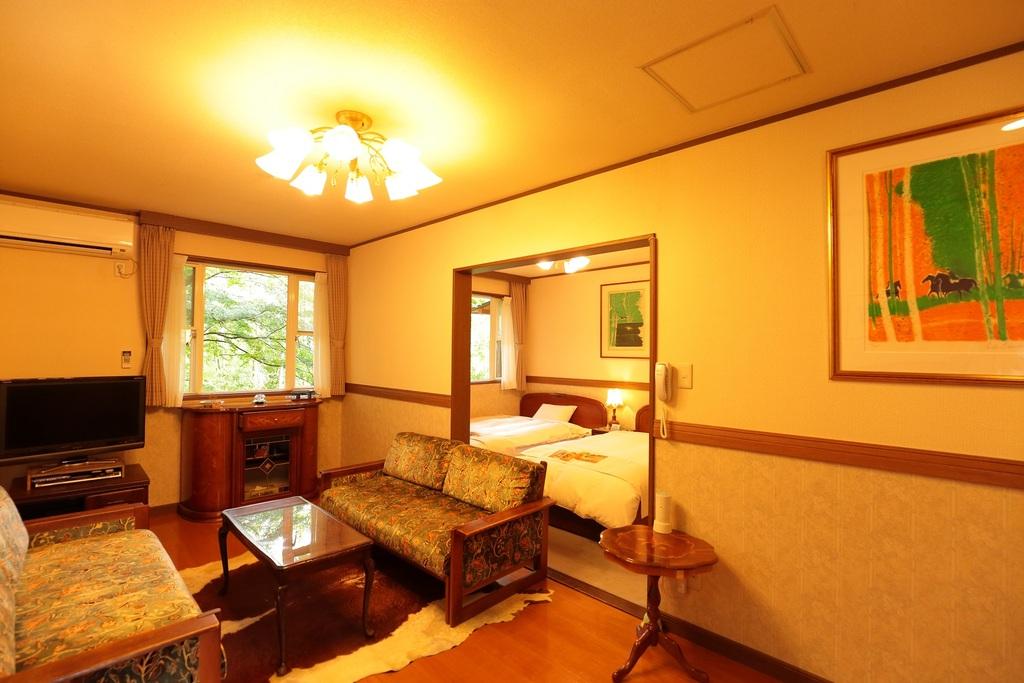 Troom 露天風呂&バルコニー付2部屋タイプ(ツイン)