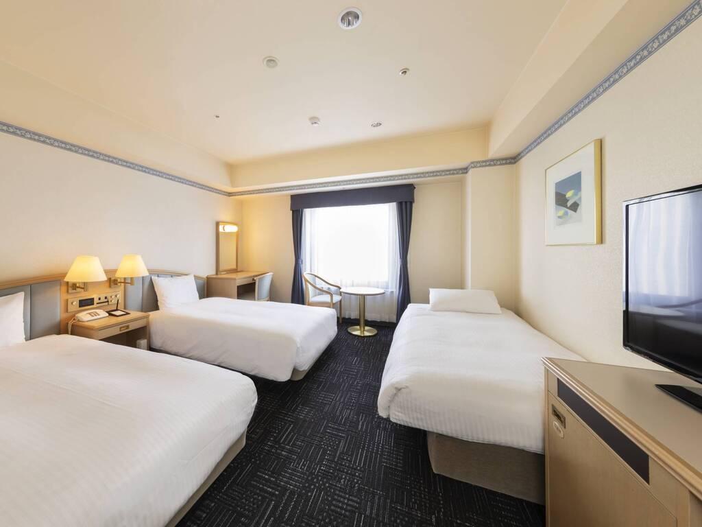 【客室タイプ】デラックスツイン[広さ26�u]※ソファベッドを1台使用して3名宿泊 全室加湿空気清浄機完備