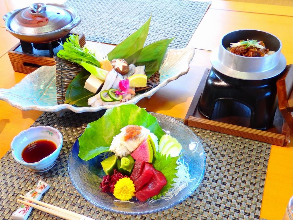 【夏の味覚会席】夏の食感と「涼」をお楽しみください