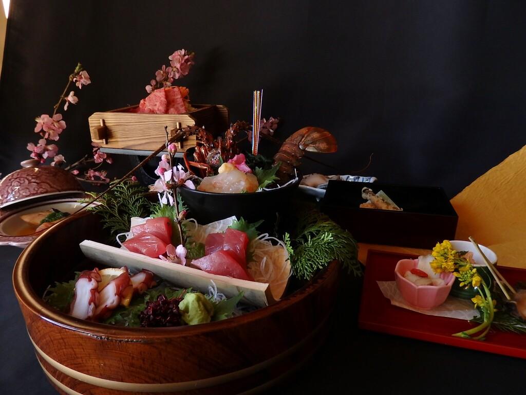 【紀州路会席】あわび さざえ ヒオウギ貝の残酷焼き(お料理一例 写真は2人前となります)