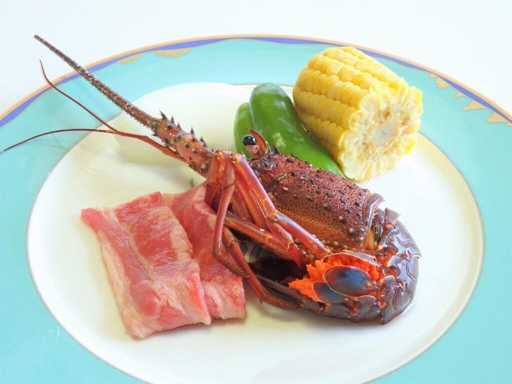 【夏の味覚会席】伊勢海老 熊野牛の網焼き シャリアピンソース(お料理一例)