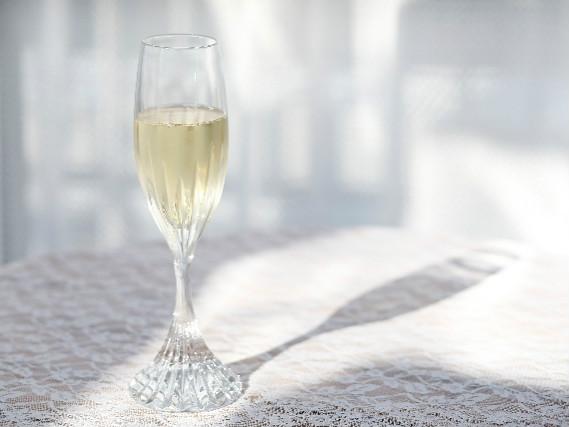 記念日や大切な方との思い出の一日に、スパークリングで乾杯♪