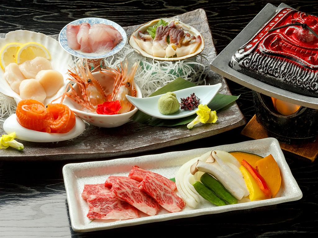 【桜房一例】北海道のお刺身5点盛りと、道産ハーブ牛の鬼陶板焼きをお席にお持ち致します。