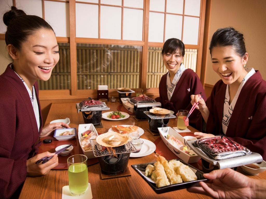 【桜房】揚げたての天ぷらをお席にお持ちします