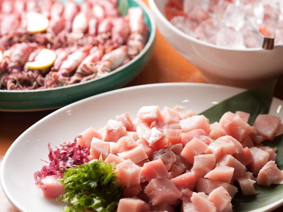 バイキング/夕食バイキングでは新鮮な魚介を使ったお刺身もご用意!
