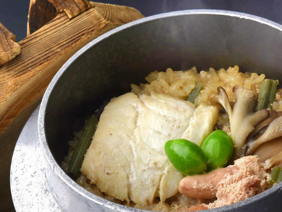 【市場めし】鱈とたらこの親子釜飯