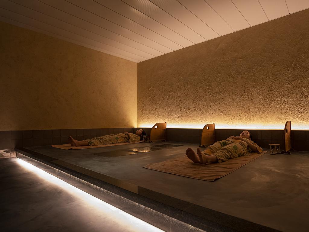 【個室岩盤風呂】他の利用者を気にせずにお寛ぎいただける個室もございます。