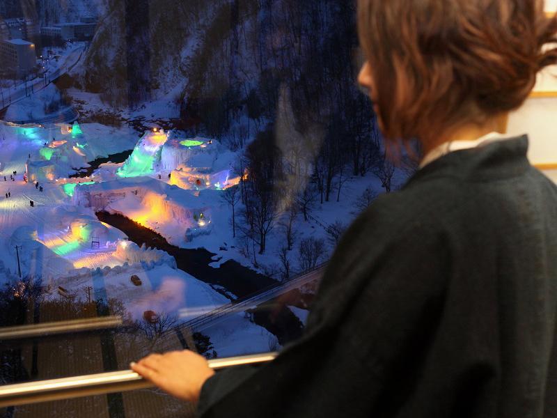 【氷瀑まつり会場が見える部屋】冬のイベントを暖かい部屋で楽しめるのが当館の魅力(室数限定)