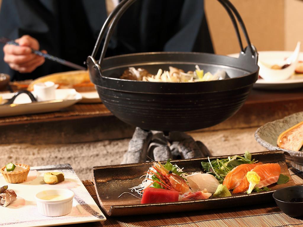 【お食事処 北番屋】北海道の旬を味わう創作本格懐石。個室風の囲炉裏端でお楽しみください