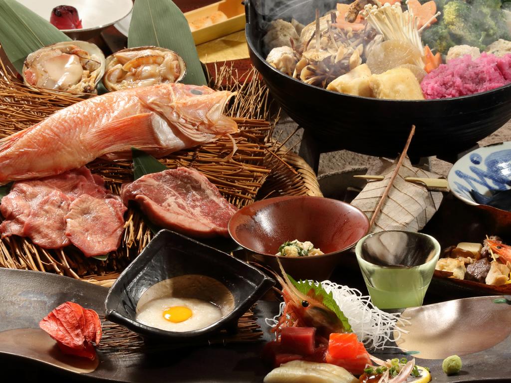 【お食事処 北番屋】熱々の鍋物や選べる焼き物など、創作本懐石膳(内容は異なる場合がございます)